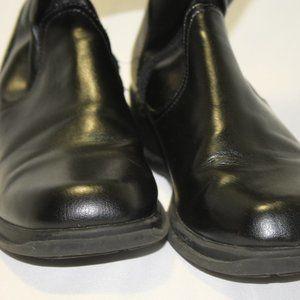 GIRLS black boots skid resistant zip smart fi